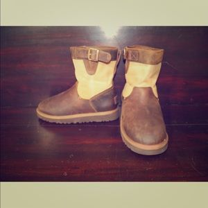 Kids UGG Lockie Chestnut Leather Tan Canvas Boots